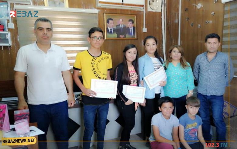تكريم الطلاب الأوائل في مخيم قوشتبة بهولير