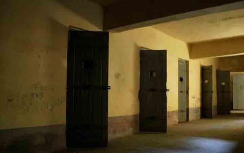 الذكرى الأربعين لمجزرة سجن تدمر التي نفذها رفعت الأسد