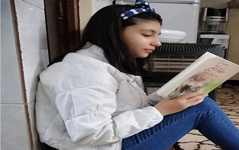 فتاة كوردية من كوردستان سوريا تقرأ 79 كتابا خلال عام 2020