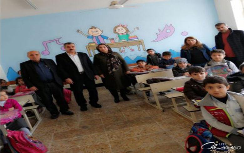 منظمة هولير للحزب الديمقراطي الكوردستاني – سوريا توزع لوزام مدرسية على طلبة كوردستان سوريا