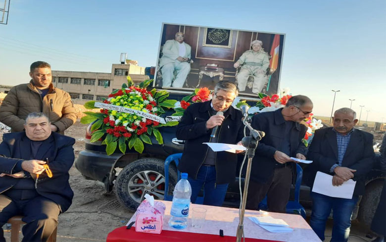 الحزب الديمقراطي الكوردستاني – سوريا يقيم مراسيم أربعينية اكرم الملا في مدينة الدرباسية