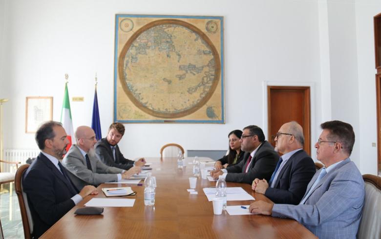 الائتلاف الوطني يلتقي الخارجية الإيطالية لحشد دعم أوروبي للشعب السوري