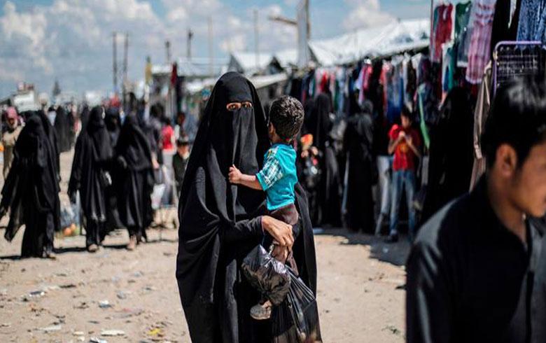Almanya : Kampa  Holê bûye bingeha DAIŞê