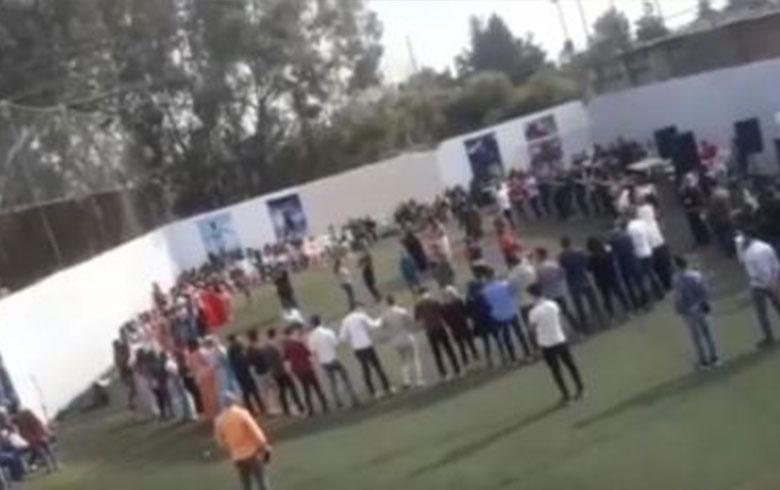 Li bajarê Laziqiyê hejmarek xwendekarên kurd cejna Newrozê vejandin