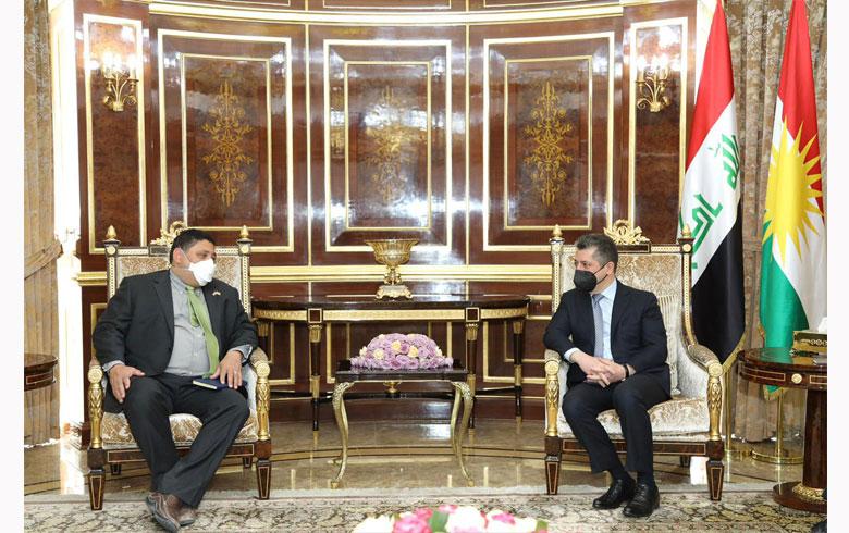 رئيس حكومة إقليم كردستان يستقبل نائب المبعوث الأمريكي الخاص إلى سوريا
