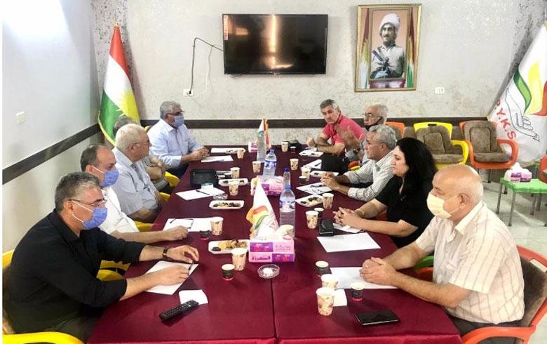 الحزب الديمقراطي الكوردستاني – سوريا يجتمع مع يكيتي الكوردستاني في قامشلو
