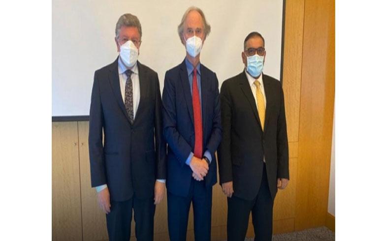بيدرسون يلتقي رئيسي الائتلاف وهيئة التفاوض لبحث الملف السوري