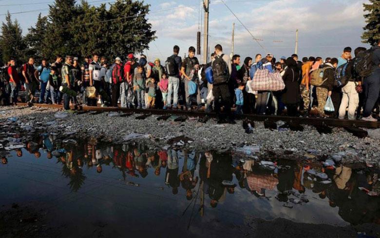 ألمانيا تستقبل عشرات اللاجئين المرضى من اليونان بينهم سوريين