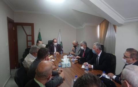 وفد جبهة السلام والحرية يلتقي مع رئيس الائتلاف