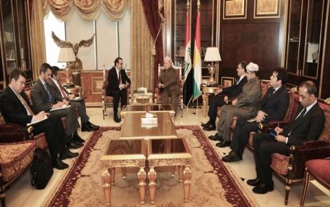 الرئيس بارزاني وشينكر يؤكدان على أهمية دور التحالف الدولي في المنطقة