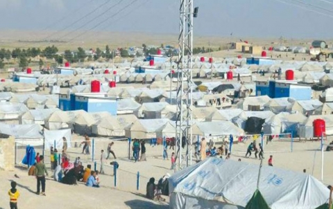 207 Zarokan li kampa holê jiyana xwe dest dane