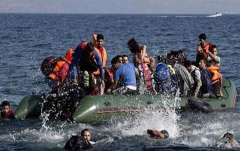ألبانيا تنقذ 55 سورياً وسط البحر أثناء توجههم إلى إيطاليا