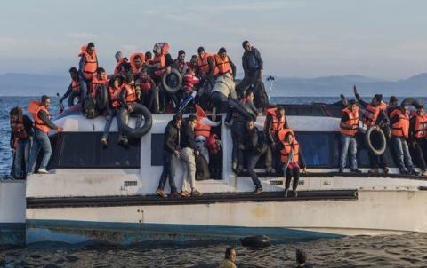 11 Penaberên Sûrî  li perava Yonanê binav bûn