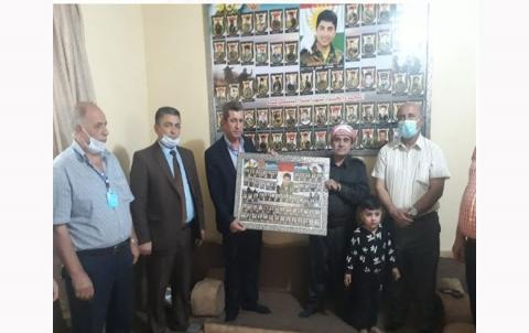 منظمة لشكرى روژ للـ PDK-S تزور عوائل شهداء الذين استشهدوا في معركة سحيلا