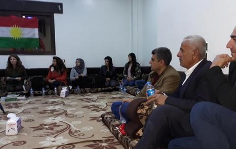 الحزب الديمقراطي الكوردستاني – سوريا  يقيم محاضرة بمناسبة يوم الصحافة الكوردية في كركي لكي