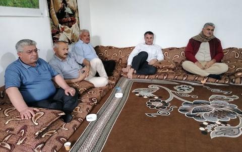 وفد من منظمة كوركوسك لـ  PDK-S يزور منزل عائلة الشهيد البيشمركة رمضان حسي