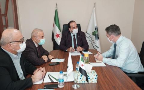 رئيس الائتلاف الوطني يلتقي المبعوث الكندي الخاص إلى سورية