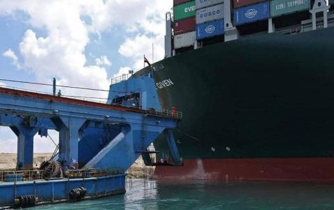 بايدن: ندرس كيفية مساعدة مصر في أزمة السفينة العالقة