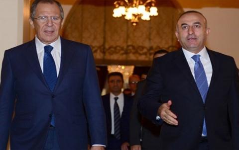لافروف وأوغلو يبحثان وضع إدلب وإطلاق سريع لعمل اللجنة الدستورية السورية