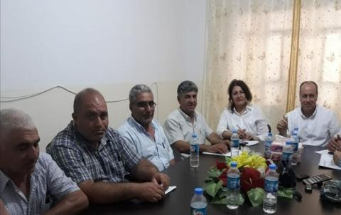 محسن طاهر يجتمع مع مجالس محلية في قامشلو
