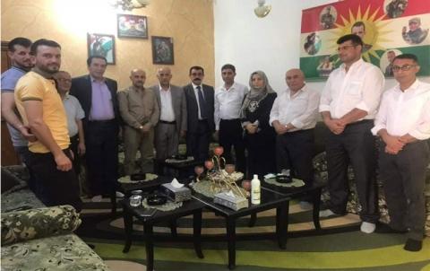 بمناسبة عيد الاضحى .. وفد من تنظيم زاخو للـ PDK-S يزور عوائل الشهداء