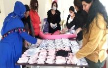قامشلو... اتحاد نساء كوردستان سوريا يوزع الكمامات الواقية