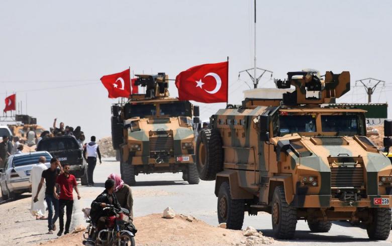 وزير الدفاع التركي يعلن رسمياً بدء تسيير دوريات في إدلب ويطالب النظام بوقف الخروقات