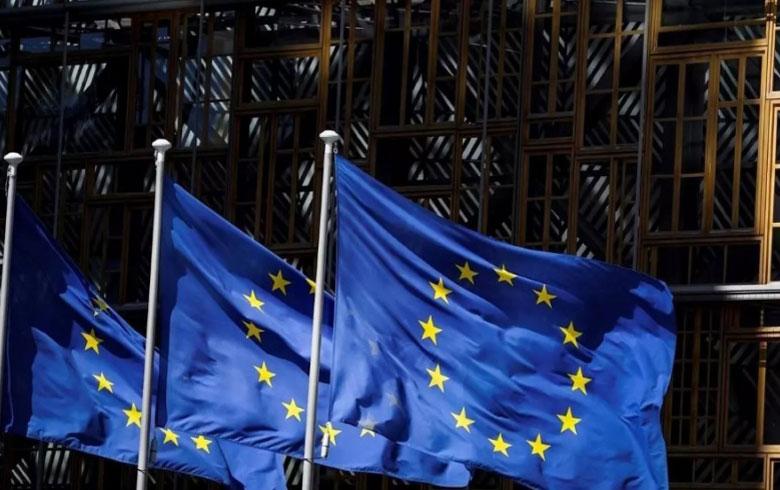 الاتحاد الأوروبي يدرج سبعة وزراء في حكومة النظام على قائمة العقوبات